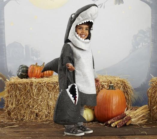 Como hacer un disfraz de tiburón para niño - Imagui