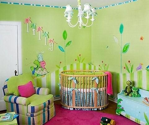 esta bellsima habitacin de beb nia es sper alegre y sobre todo confortable con colores muy vivos y muebles cmodos y prcticos este dormitorio es