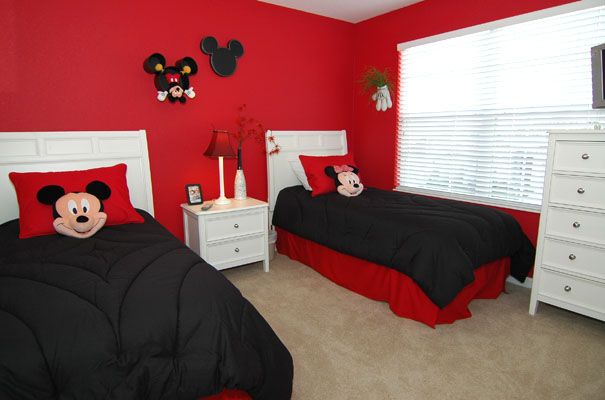 dormitorio tematico de mickey y minnie dormitorios